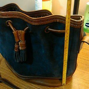 Vintage Ann Taylor bucket bag